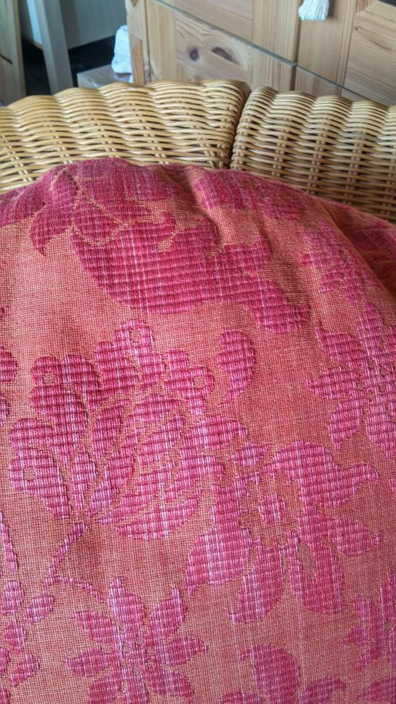 Bild 4: Schönes Rattan Sofa mit Kissen