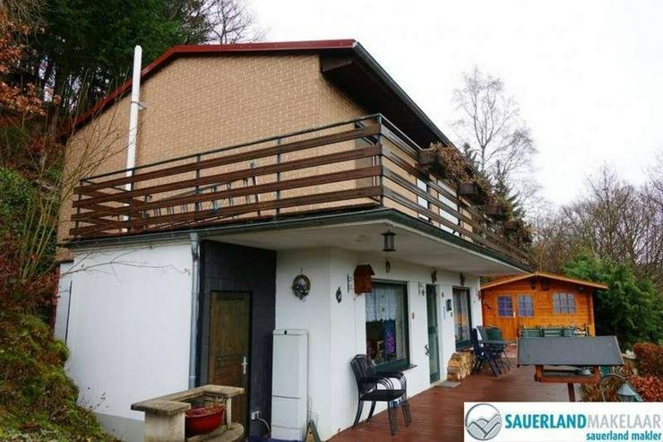 Bild 2: freistehendes Haus mit 2 Wohneinheiten in Heringhausen