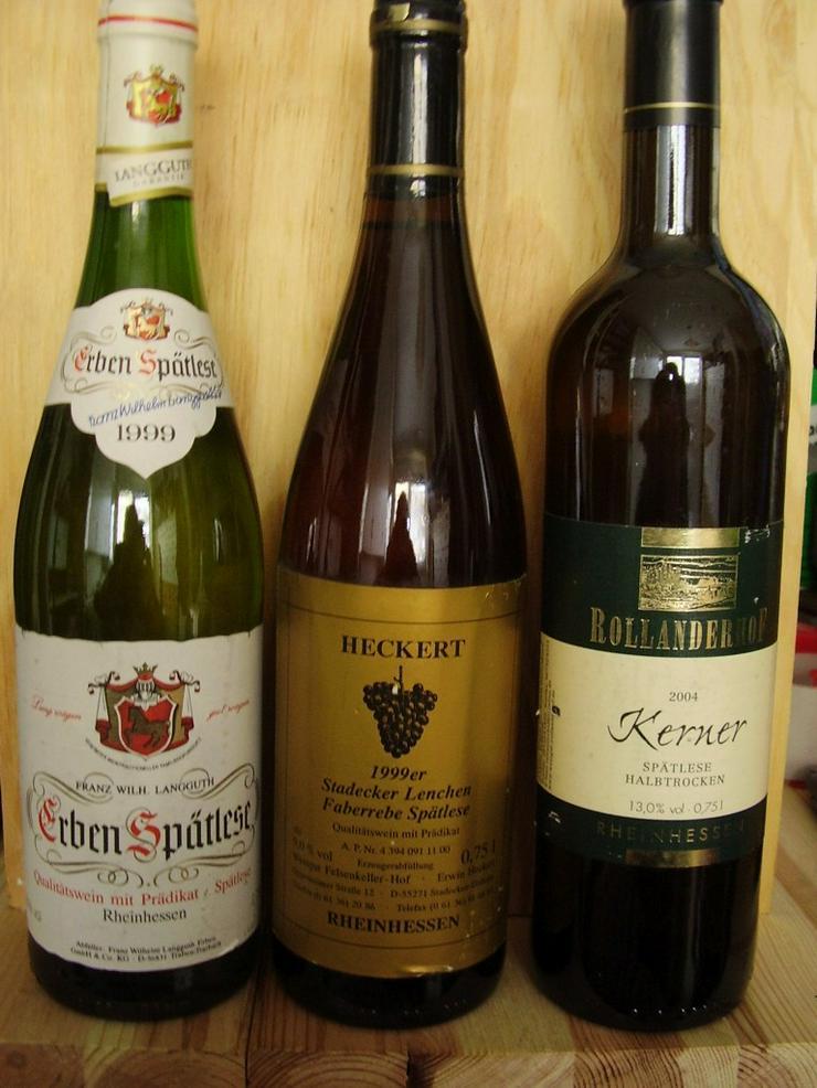 Verkaufe sechs Weinflaschen von 1999-2004