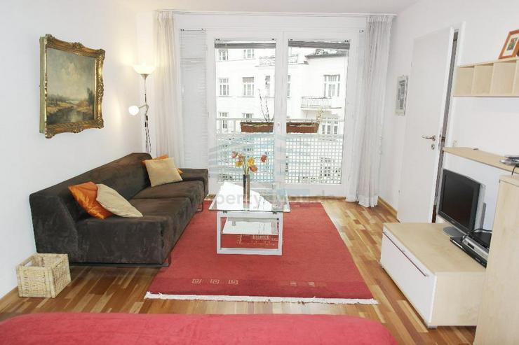 Möblierte 1 1/2 Zimmer Wohnung mit Balkon / in Schwabing-West - Wohnen auf Zeit - Bild 1