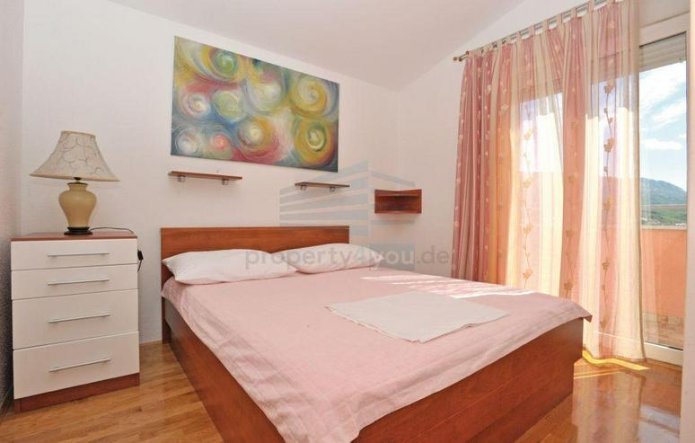 Bild 5: Wunderschönes Ferienhaus mit Pool, 3 Wohnungen, 9 Schlafzimmern und 6 Bäder in Split Kro...