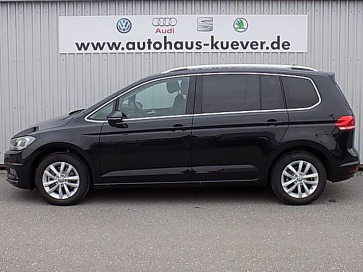 Bild 3: VW Touran 2,0 TDI Highline DSG Navi ACC-210 7-Sitze