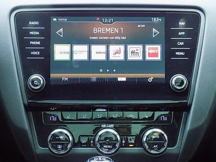 Bild 7: SKODA Octavia Combi RS 2,0 TDI DSG Panorama AHK ACC