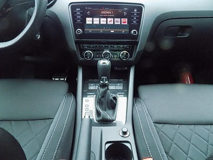 Bild 8: SKODA Octavia Combi RS 2,0 TDI DSG Panorama AHK ACC