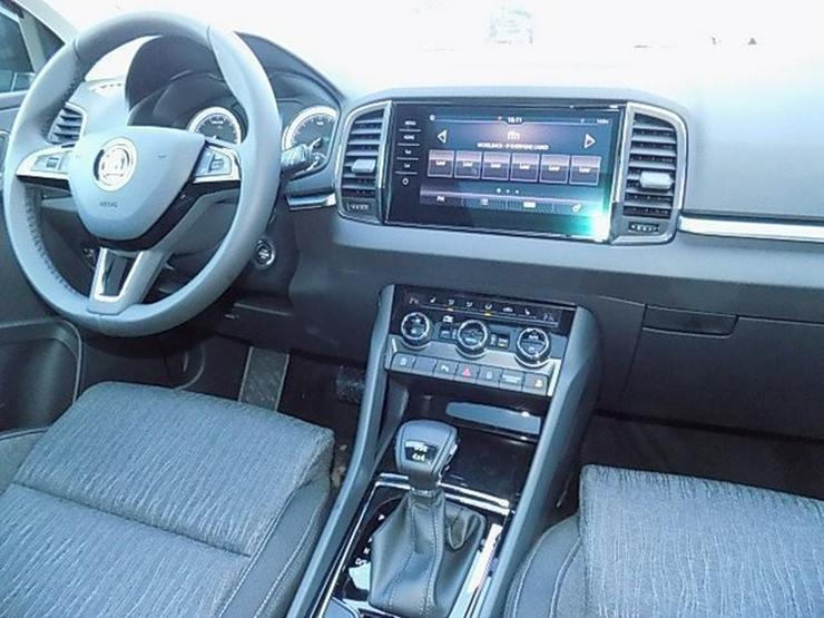 Bild 6: SKODA Karoq 2,0 TDI Style DSG 4x4 Panorama LED AHK