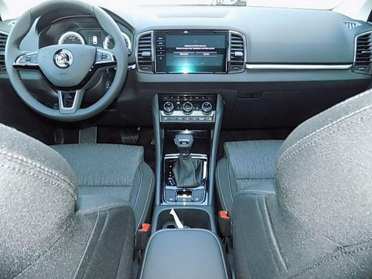Bild 5: SKODA Karoq 2,0 TDI Style DSG 4x4 Panorama LED AHK