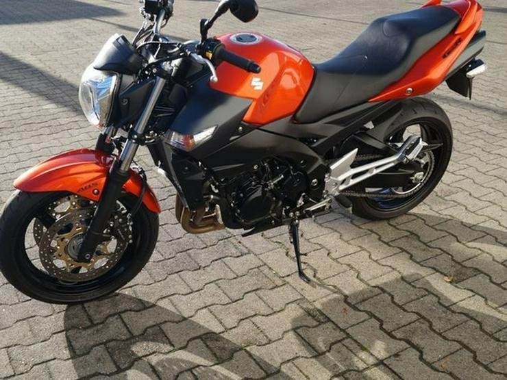 Bild 5: SUZUKI GSR 600 ABS GSR600