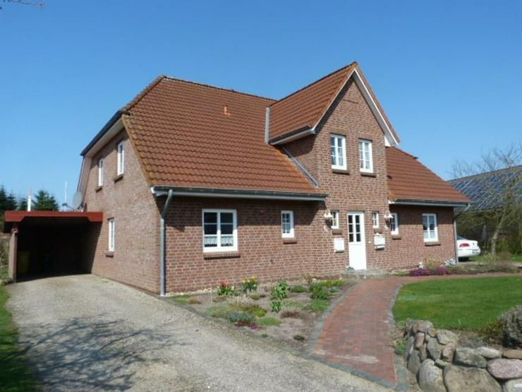 Bild 2: Geräumig und gut. Doppelhaus mit 2 Wohneinheiten