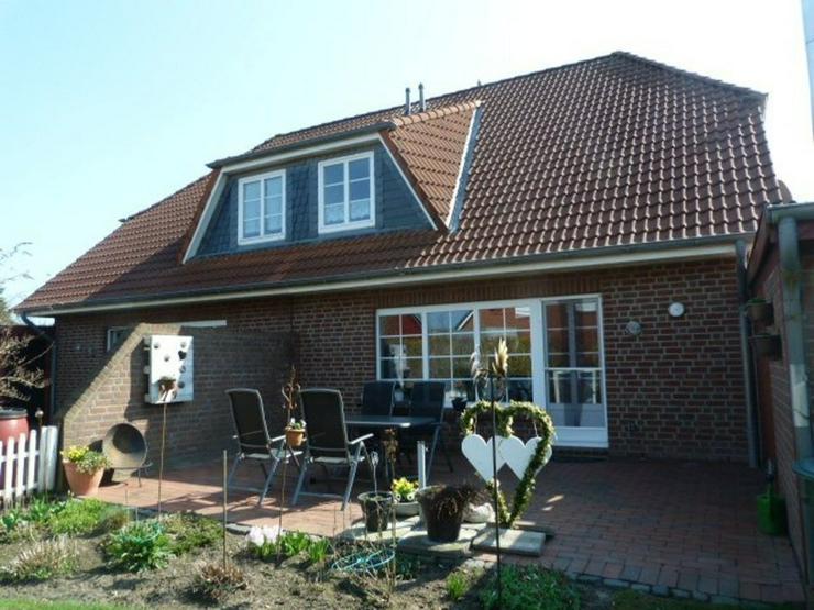 Bild 4: Geräumig und gut. Doppelhaus mit 2 Wohneinheiten