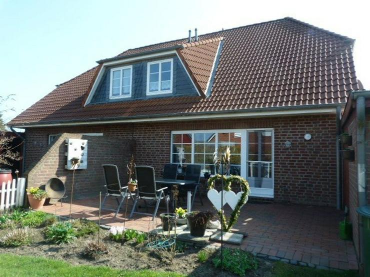 Bild 5: Geräumig und gut. Doppelhaus mit 2 Wohneinheiten