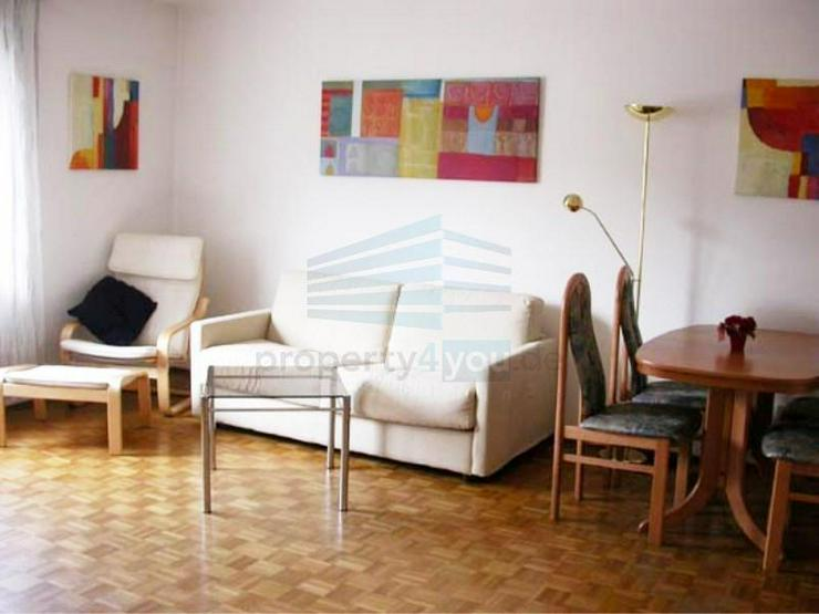 Möblierte 2-Zi. Wohnung mit Balkon in München - Glockenbachviertel - Wohnen auf Zeit - Bild 1