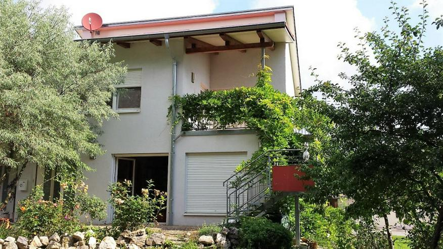 Bild 2: Wohnung über 2 Etagen mit Freisitz - Perfekt für Pferdeliebhaber