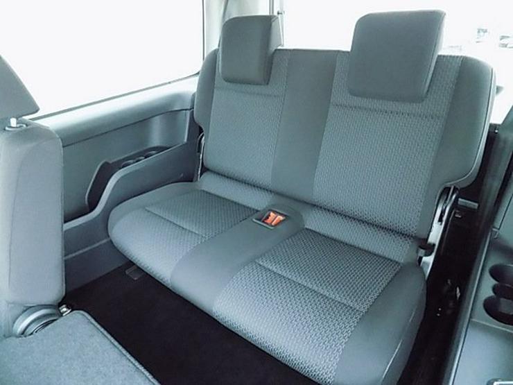Bild 12: VW Caddy Maxi 2,0 TDI Navi Einparkhilfe 7-Sitze