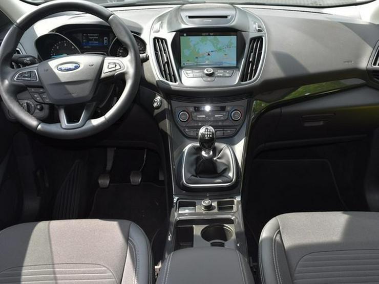 Bild 6: FORD Kuga 2.0TDCi S&S TITANIUM 4WD Navi Lenk/SHZ Keyless T-Leder Parkasys. Klimaaut. ALU17 Temp. BT