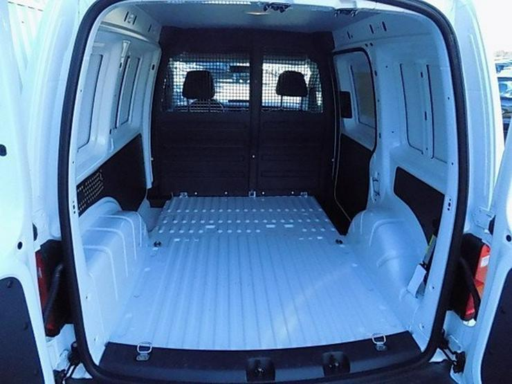 Bild 6: VW Caddy 2,0 TDI Klima Trennwand