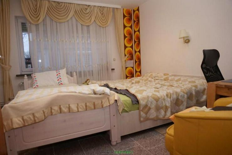 Bild 3: Zweifamilienhaus mit viel Platz für Ihre Familie