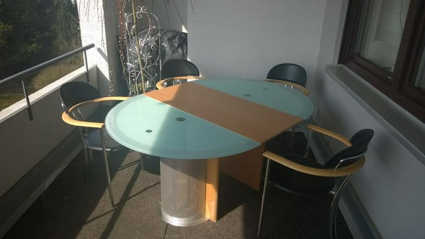 Bild 4: Esstisch mit 4 Stühlen