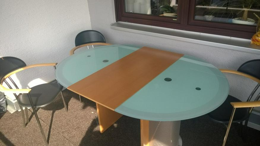 Bild 5: Esstisch mit 4 Stühlen