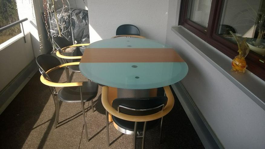 Bild 6: Esstisch mit 4 Stühlen