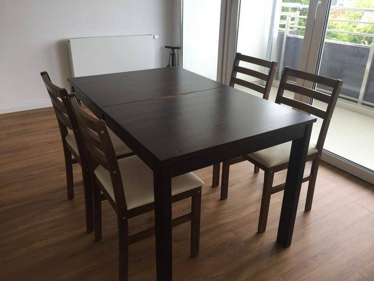 Esstisch mit 4 Stühlen für 9 Euro