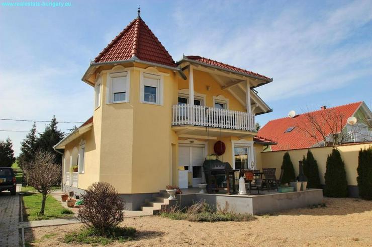 Bild 3: Wohnhaus mit Gästeappartments