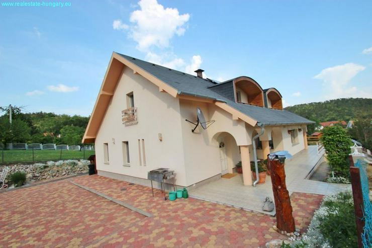 Bild 5: Villa mit Blick auf den Balaton