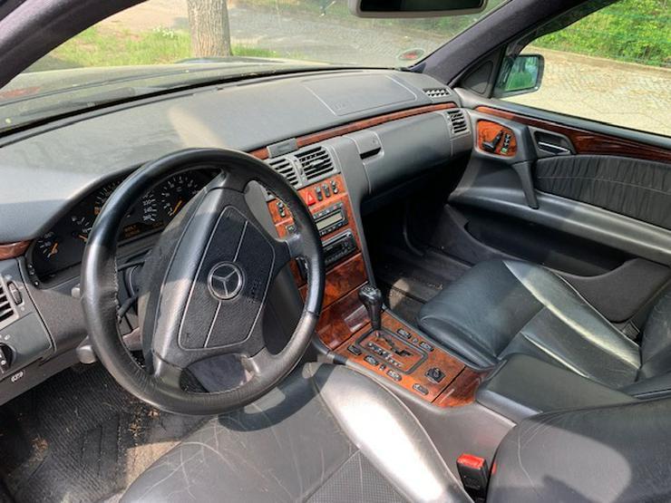 Bild 4: Mercedes-Benz E-Klasse