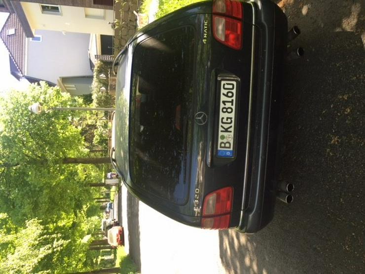 Bild 2: Mercedes-Benz E-Klasse