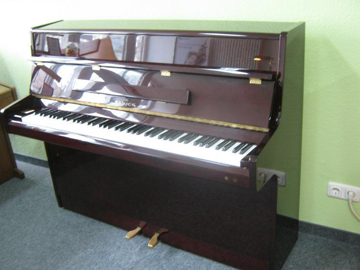Bild 3: Samick Klavier mit Silent-System
