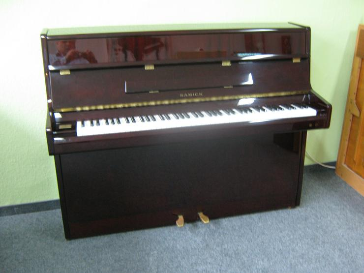 Bild 2: Samick Klavier mit Silent-System