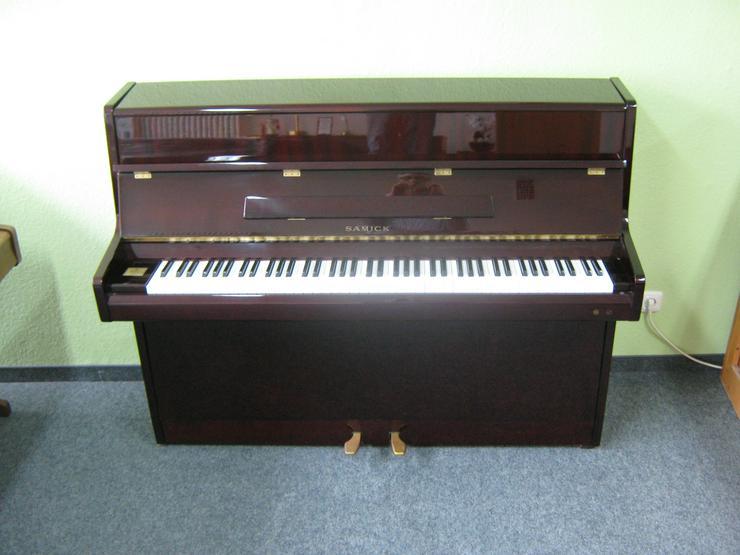 Bild 5: Samick Klavier mit Silent-System