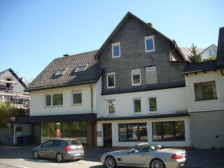 Bild 2: Mehrfamilienhaus im Ortsteil Bestwig