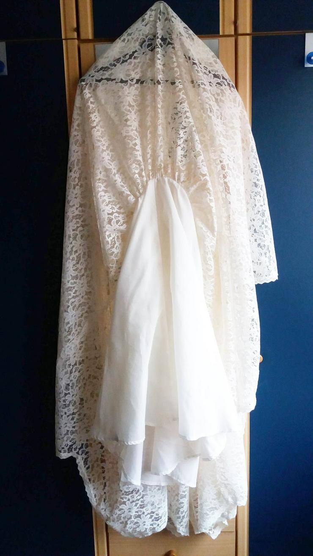 Kleid attraktiv für eine Frau