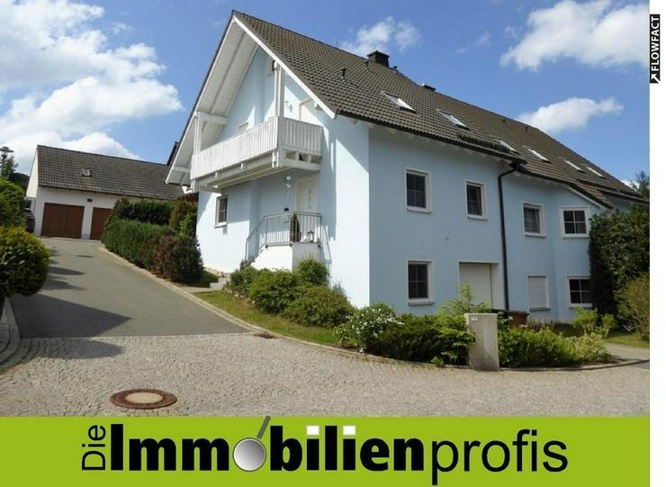 Gepflegte, neuwertige Doppelhaushälfte in schöner Wohnlage von Döhlau - Haus kaufen - Bild 1