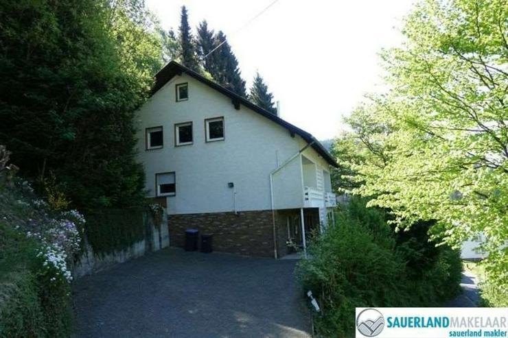 Bild 2: 2-Zimmerwohnung in Brilon-Bontkirchen (rechts)