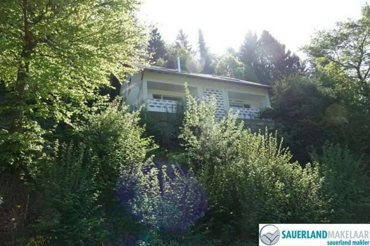 Bild 2: 2-Zimmerwohnung in Brilon-Bontkirchen (links)