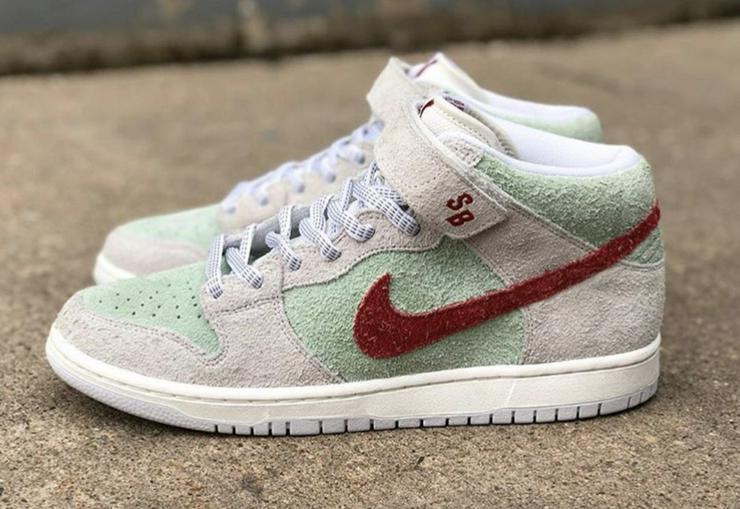 Nike SB DUNK MID PRO WHITE WIDOW