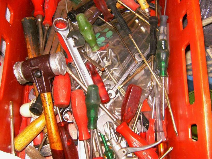 Bild 3: Werkzeug etc. abzugeben oder Tausch gegen