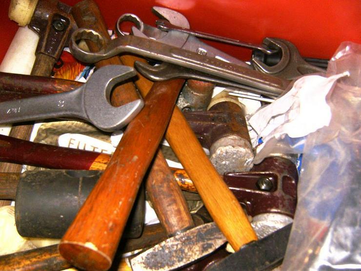 Werkzeug etc. abzugeben oder Tausch gegen