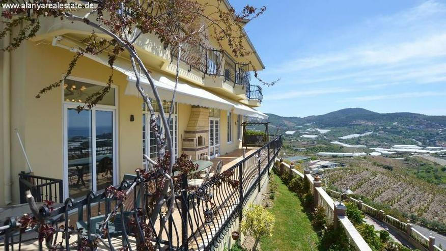 Bild 5: REDUZIERT ! Geräumige voll möblierte 8 Zimmer Luxus Villa mit privat Pool und Meerblick