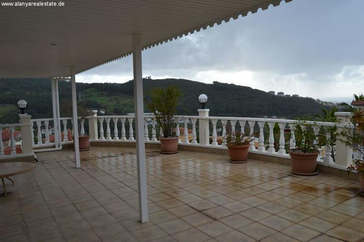 Bild 6: Exclusive Villa mit privatem Pool in sehr gepflegtem Villenpark
