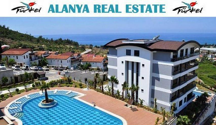 == ALANYA IMMOBILIE == Voll möblierte Luxus Garten Duplex Wohnung in Top Lage !
