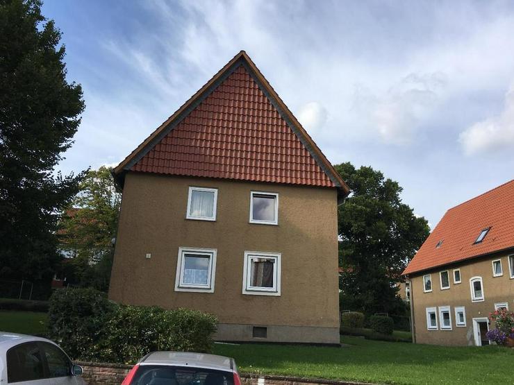 Bild 2: Die eigene Wohnung: 2 Zimmer, 1. OG, zentrumsnah
