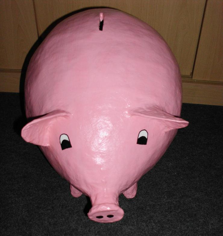 Sparschwein, aus Pappmache,Bauchumf. ca. 100 cm
