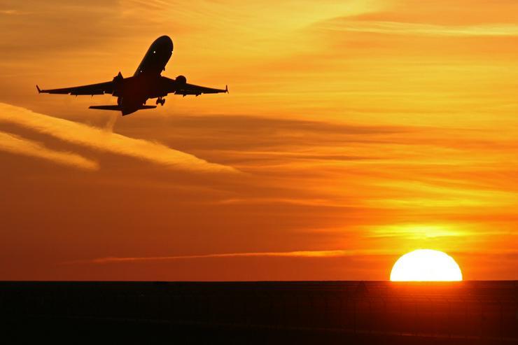 Bild 2: Umschulung Servicekauffrau im Luftverkehr (m/w/d)