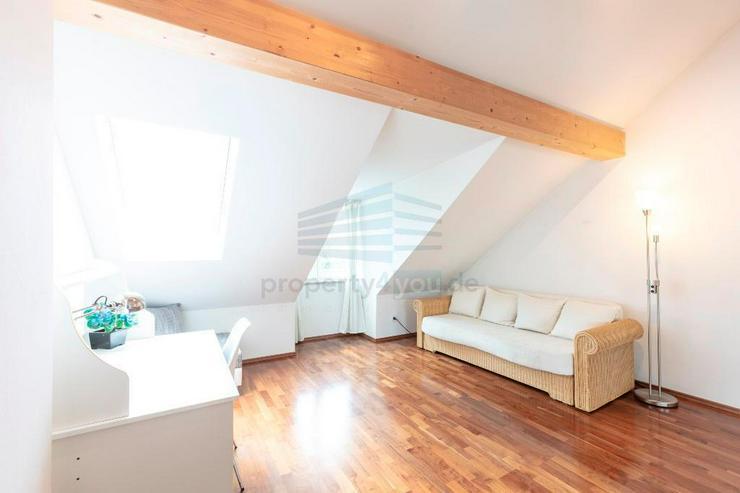 Bild 18: Lichtdurchflutete 3-Zimmer-Dachgeschosswohnung