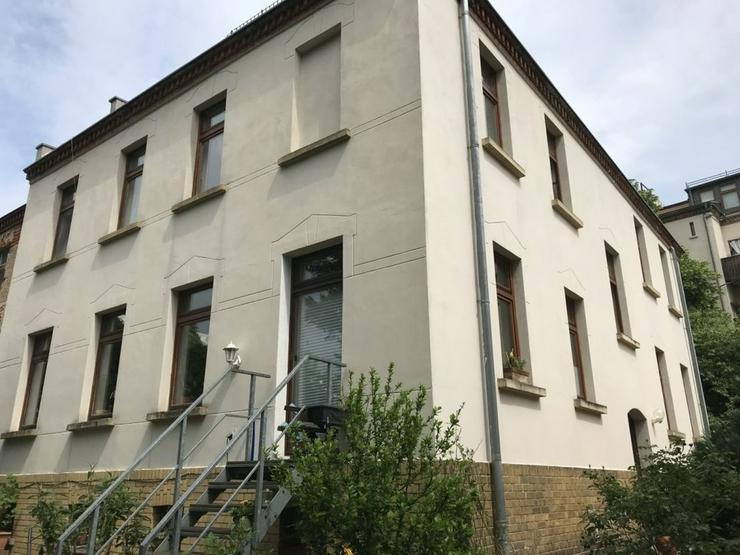 2 Zimmer Wohnung, ruhiges saniertes Hinterhaus - Bild 1