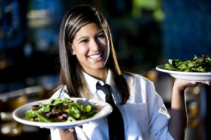 Servicekräfte in Hotellerie und Gastronomie