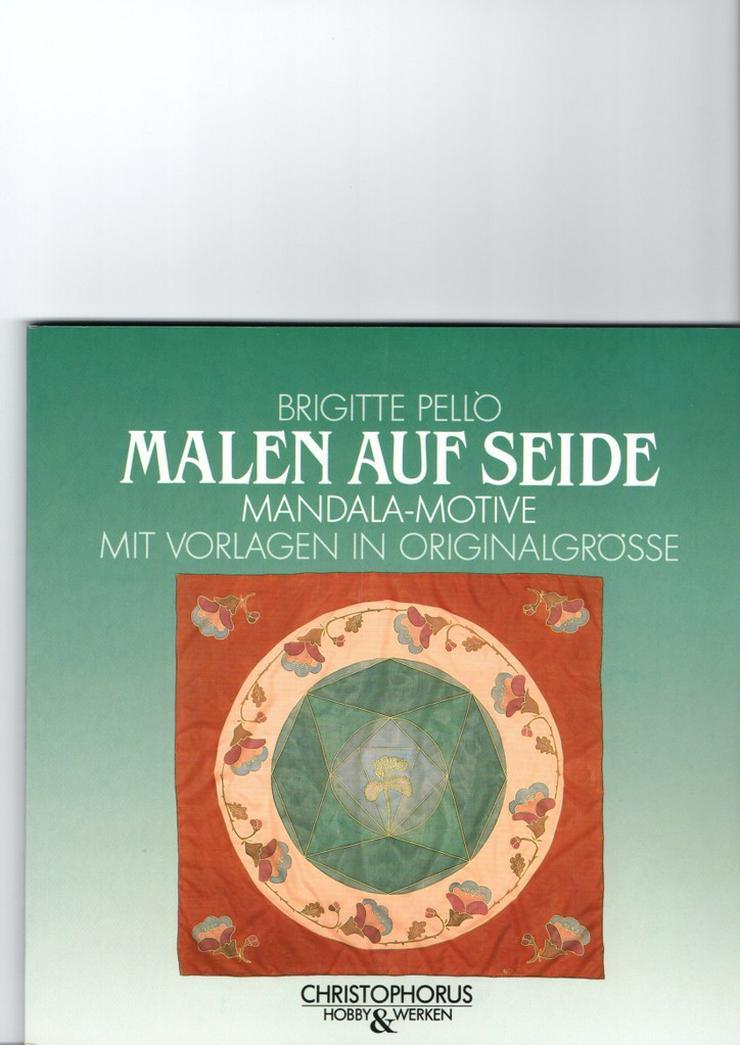 Bild 3: Handarbeitsbücher