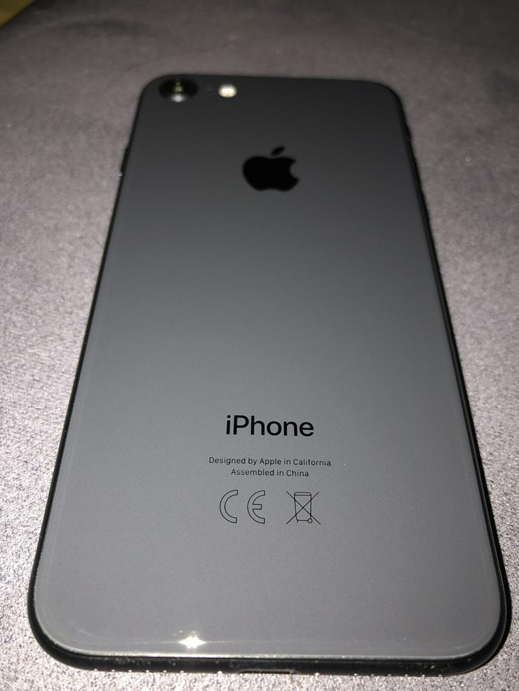 Bild 4: iPhone 8 64 GB Spacegrau - 6 Mon. rest Garantie